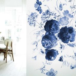 KEK Amsterdam Royal Blue Flowers I behang