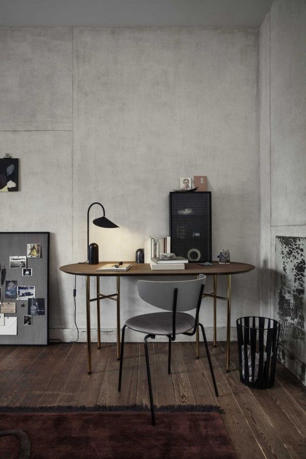 Ferm Living Mingle tafel 150 ovaal dark stained oak, messing onderstel