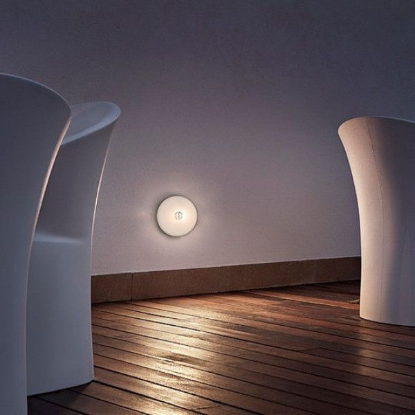 Flos Mini Button wandlamp