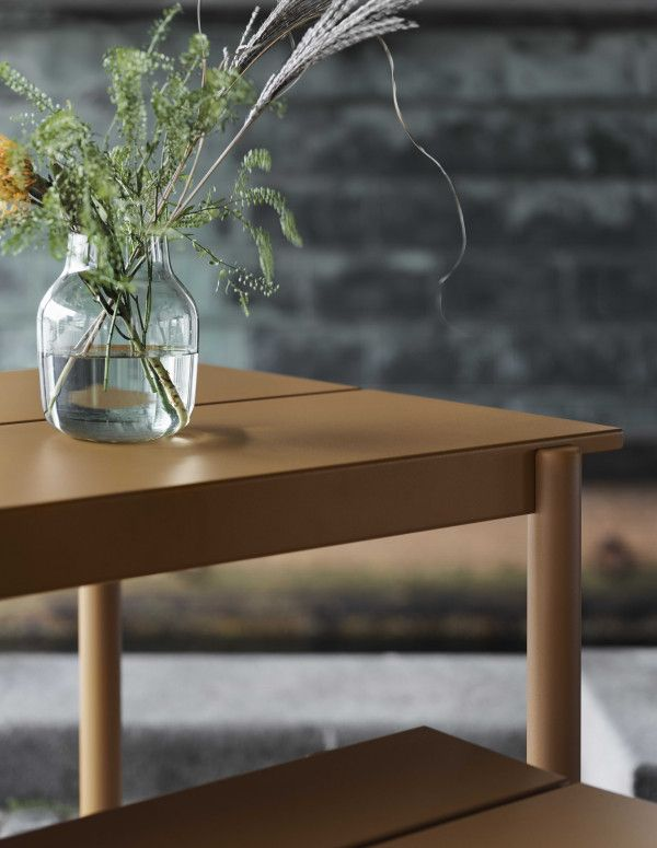 Muuto Linear bank oranje 170