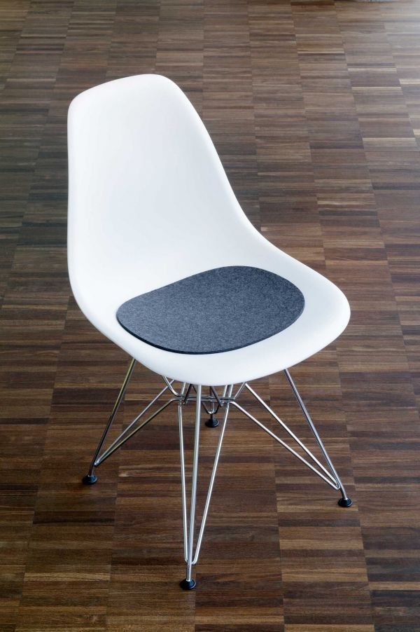 Hey-Sign Outlet - Eames Plastic Sidechair zitkussen anti-slip rood
