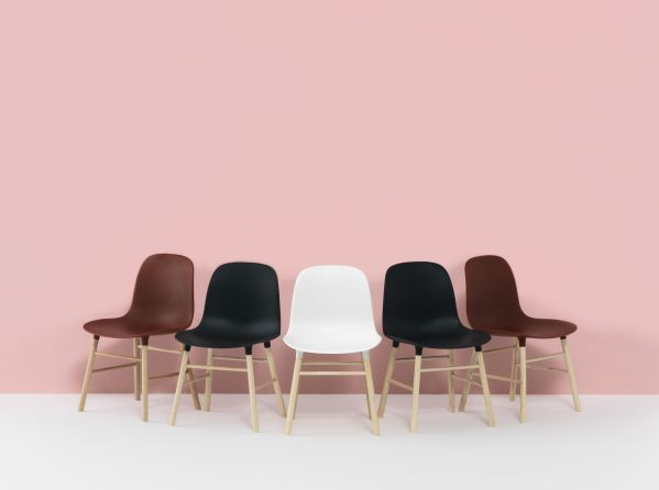 Normann Copenhagen Form Chair miniatuur